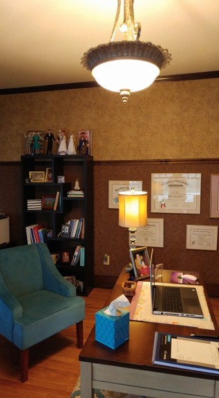 maryann-office-desk
